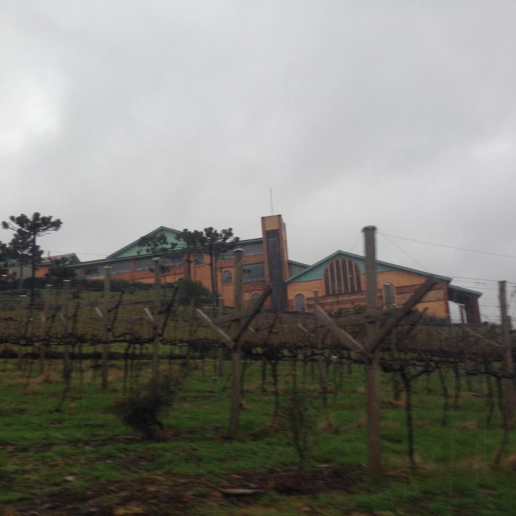 Entrada da Vinícola Villa Francioni