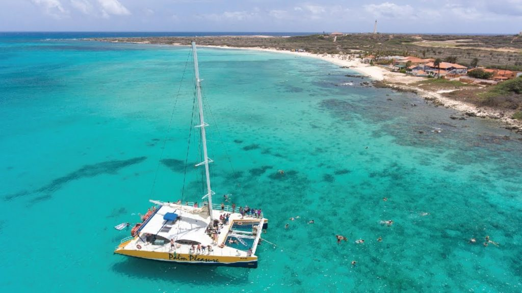 Praia para mergulho em Aruba